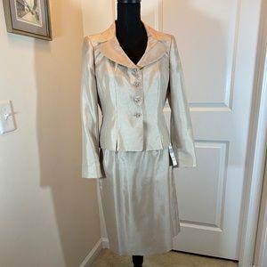Le Suit Petite Champagne Skirt Suit